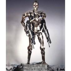 Терминатор - копия робота в человеческий рост