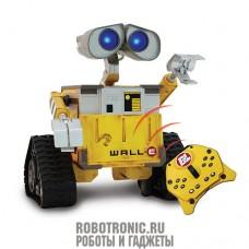 Робот WALL-E от Disney-Pixar на дистанционном управлении